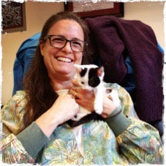 Doctor Lisa Roth, Relief Veterinarian, Tacoma Cat
